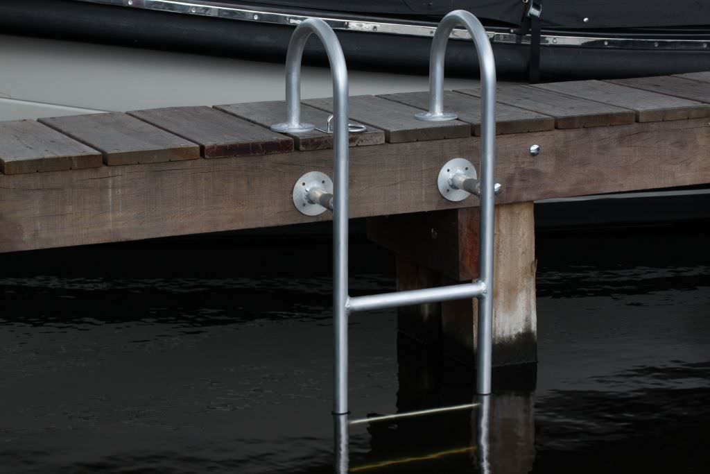 Tips For Installing And Choosing Dock Laddersdockgear Com
